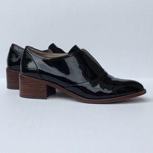 Louis et cie  Black patent slip on loafer